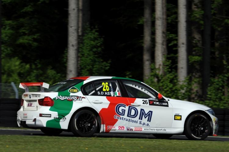 Im BMW hatte D′Aste einen Reifenvorteil