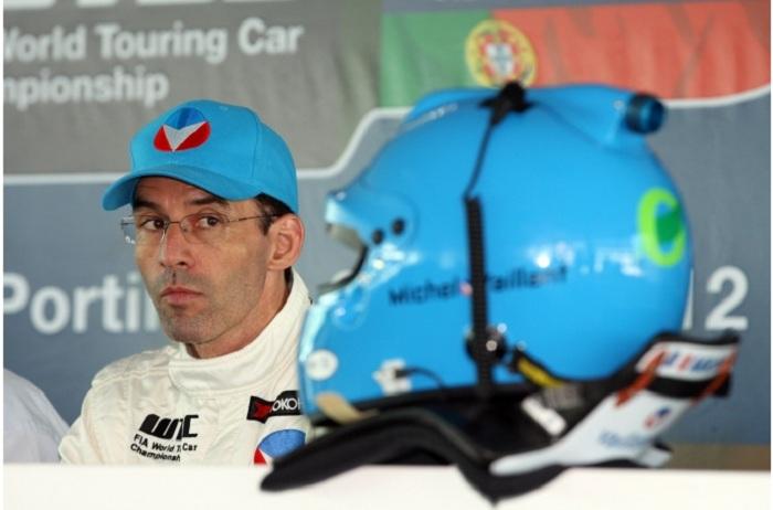 Der Sieger des zweiten Rennens Alain Menu