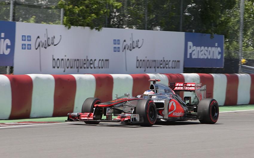 Jenson Button fährt in Q3 keine Zeit
