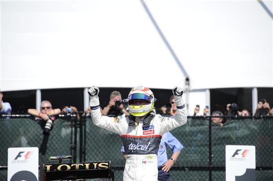 Freude bei Perez nach dem Rennen