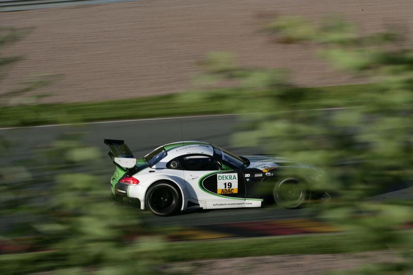 Schubert Motorsport hat eine starke Teamleistung zurückgemeldet