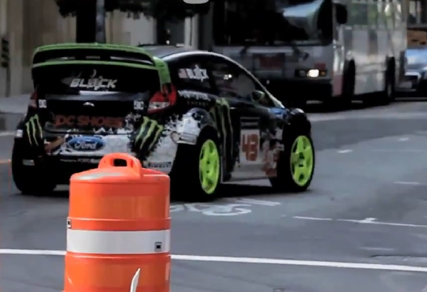 Ultimate Playground: Ken Block im Ford Focus ST in San Francisco