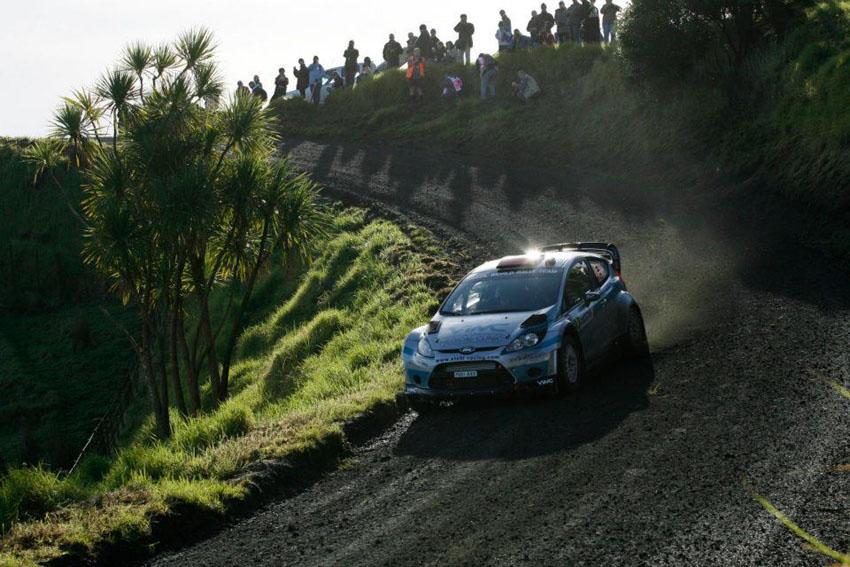 Stohl & Minor haben bei der Neuseeland-Rallye 2012 Tag 1 absolviert
