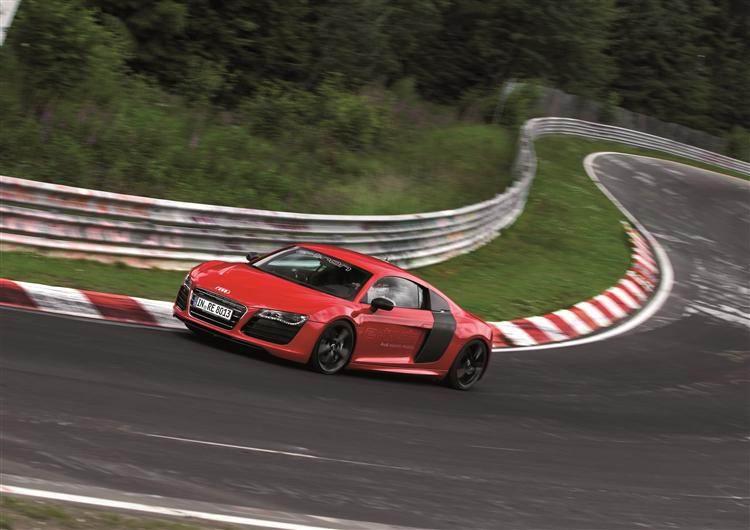 Der Audi R8 e-tron auf der Nordschleife