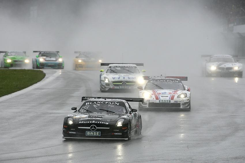 GT Masters Rennen 1 Start am Nürburgring
