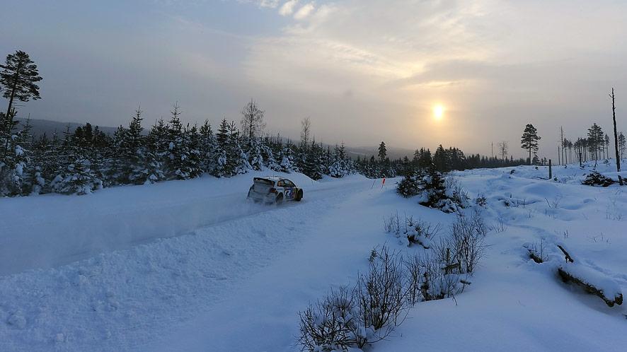 Schnee- und eisbedeckten Pisten verlangen nach ganz besonderen Reifen