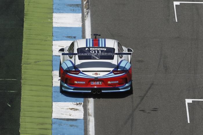 Der amerikanische VIP-Fahrer Patrick Dempsey fuhr bei seinem Supercup-Debut auf Platz 26