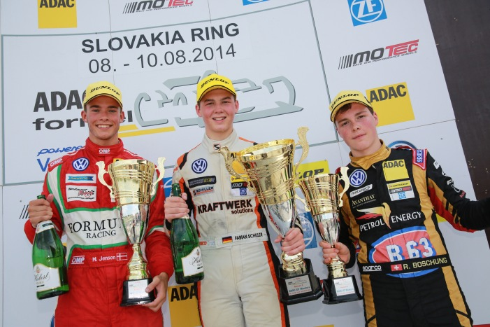 Fabian Schiller feiert seinen zweiten Saisonsieg auf dem Slovakia Ring