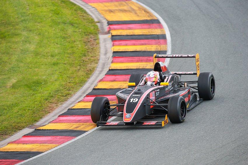 JBR Motorsport & Engineering gelingt beim Heimspiel bestes Ergebnis in der Geschichte des Teams