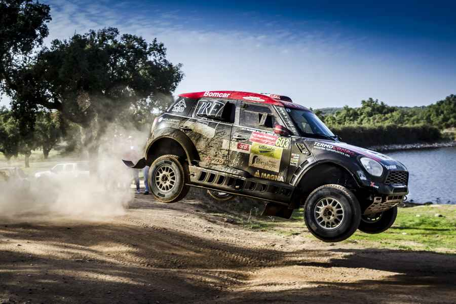 FIA World Cup - Cross Country Rallye: Ricardo Porem gewinnt Baja Portalegre