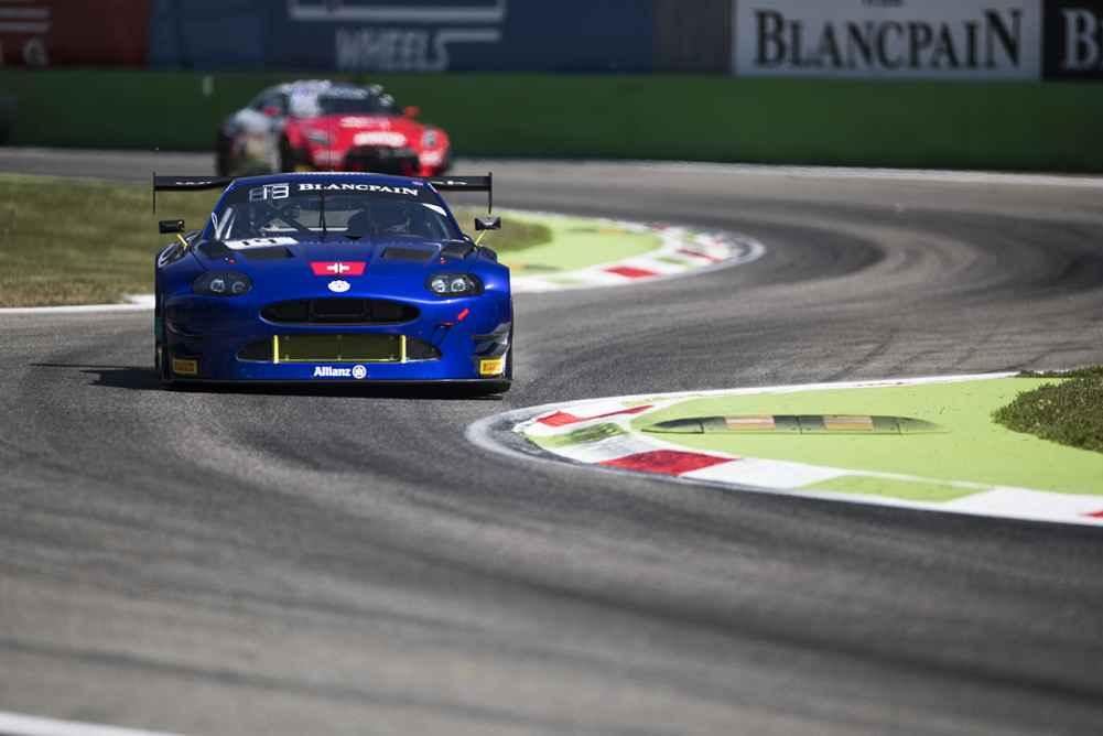 Pechsträhne in Monza hält an mit Ausfällen für beide GT3 Jaguar