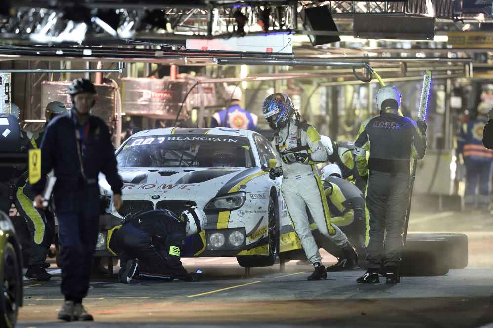 Bruno Spengler, Tom Blomqvist und Nick Catsburg im #98 BMW M6 GT3 aktuell auf Rang vier