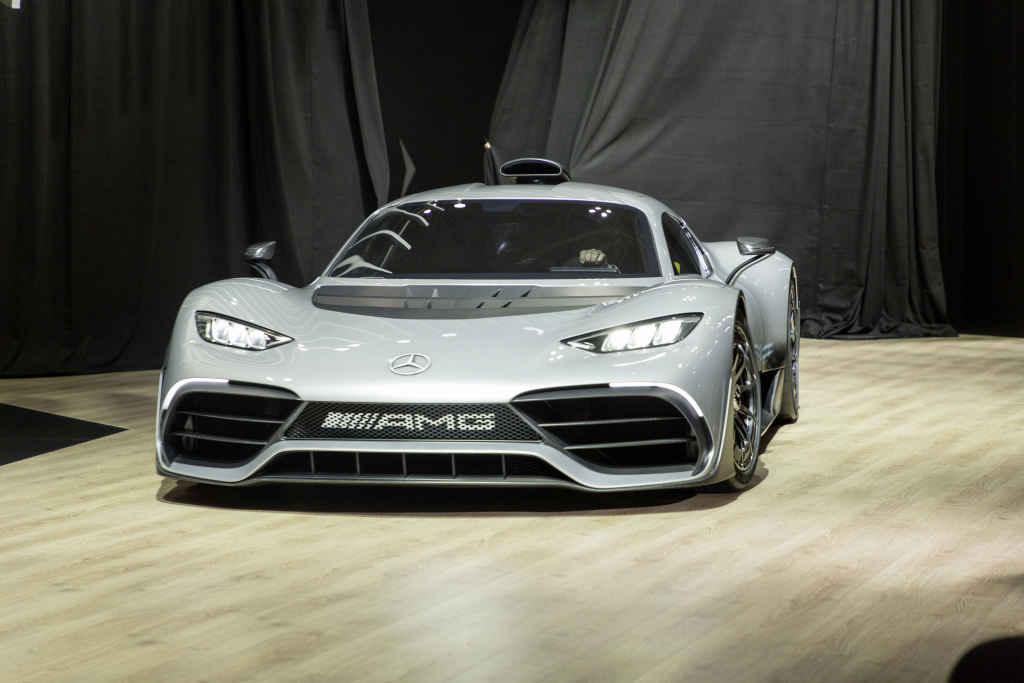 Das Showcar Mercedes-AMG Project ONE feiert seine Asienpremiere