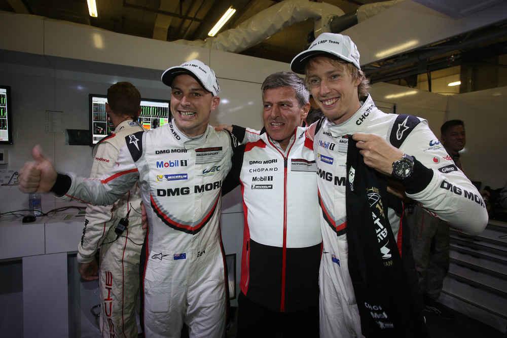 Porsche LMP Team: Earl Bamber, Fritz Enzinger (Leiter LMP1), Brendon Hartley (l-r)