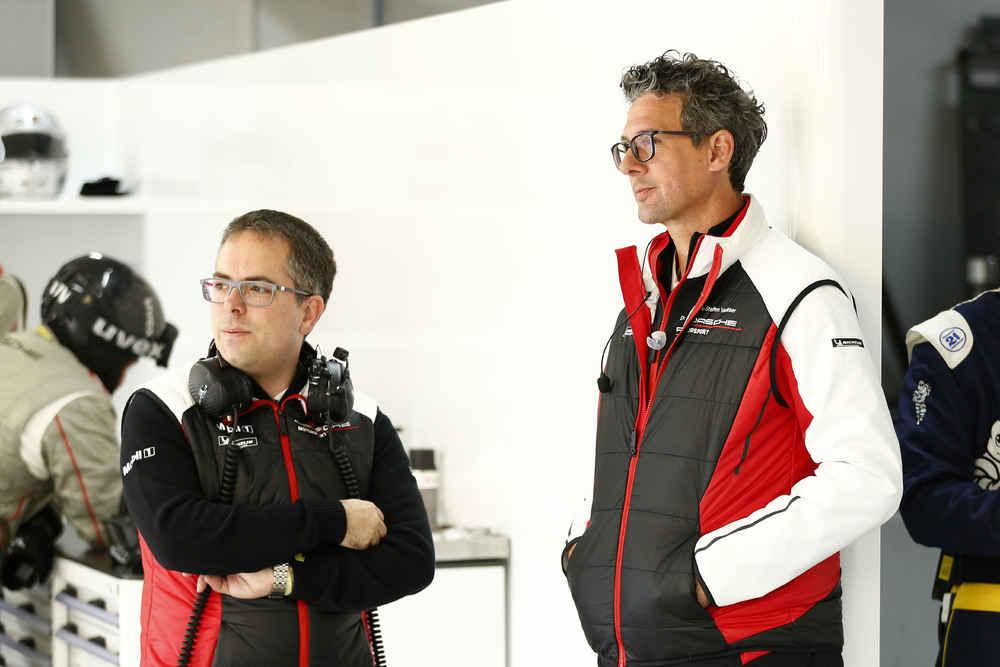 Gesamtprojektleiter GT Werksmotorsport P.Zurlinden, Porsche-Motorsport Chef Dr. Walliser