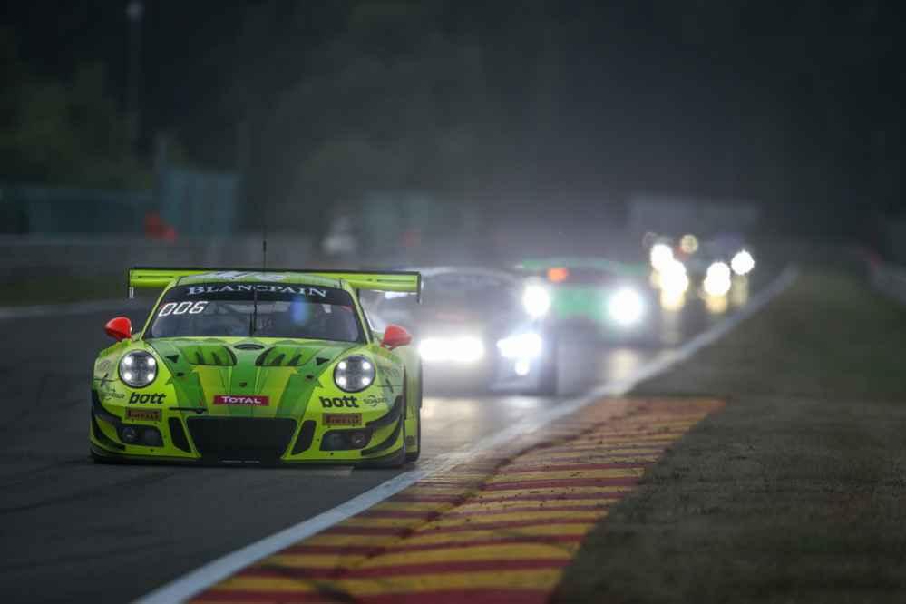 Manthey-Racing, Porsche 911 GT3 R (911), Romain Dumas, Frederic Makowiecki, Dirk Werner
