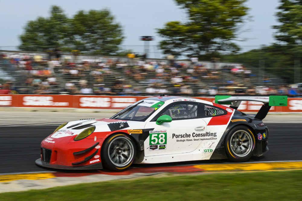 Porsche 911 GT3 R (58), Wright Motorsports: Patrick Long, Christina Nielsen