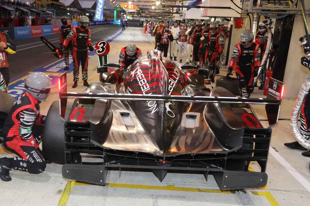 Nach der Toyota Disqualifikation geht der Sieg in Silverstone an Rebellion