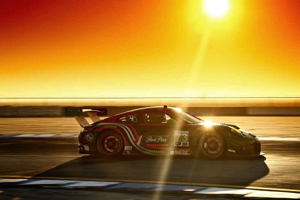 Porsche 911 GT3 R (73), Park Place Motorsports: Joerg Bergmeister, Patrick Lindsey