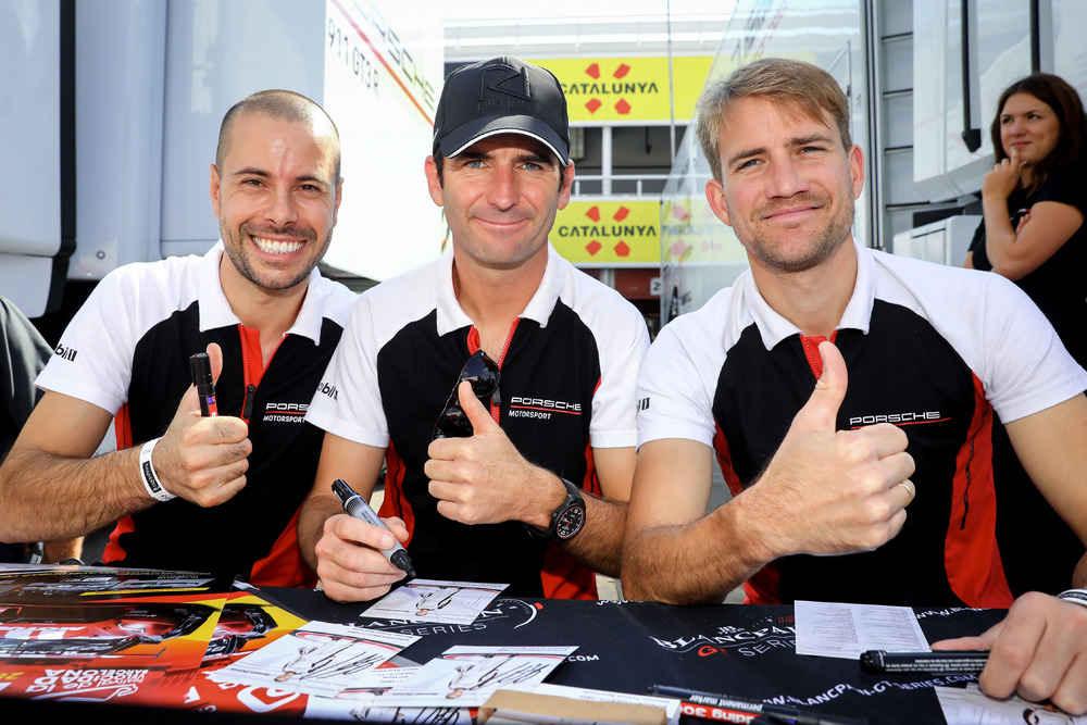 Frederic Makowiecki (F), Romain Dumas (F), Dirk Werner (D), Manthey-Racing (l-r)
