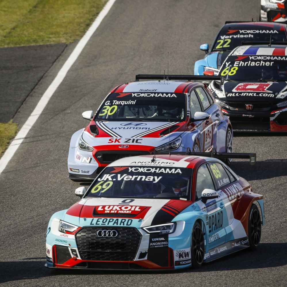 Zehn Audi RS 3 LMS bei FIA WTCR