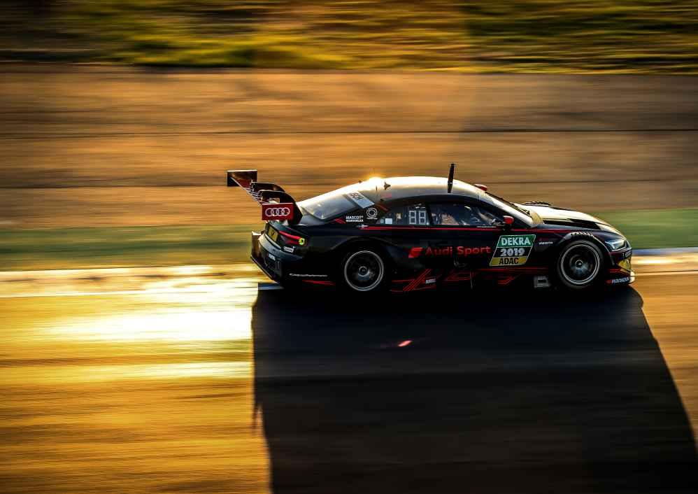 Neuer Audi RS 5 DTM erstmals auf der Rennstrecke im Einsatz