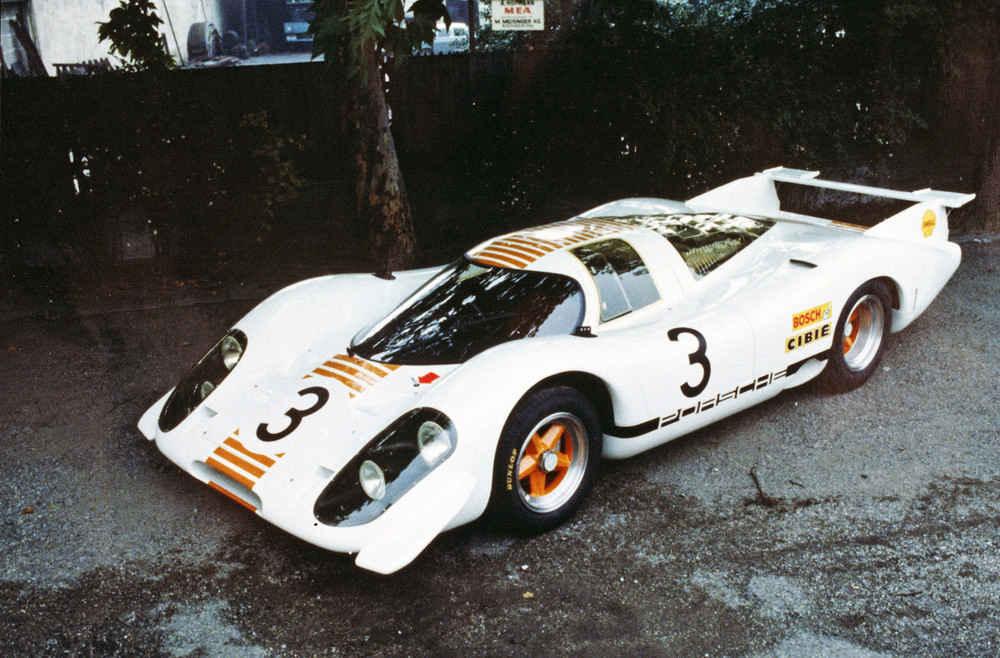 Für die Automobilausstellung in Frankfurt 1969 wird der 917-001 in Weiss-Orange umlackiert