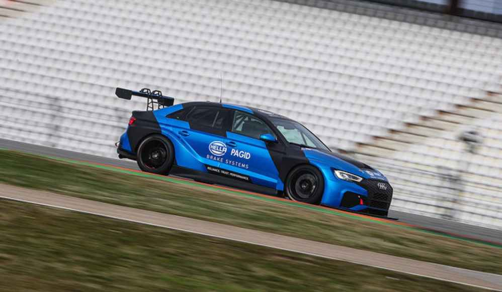 ADAC TCR Germany: Team racing one 2019 mit Rene Kircher im Audi