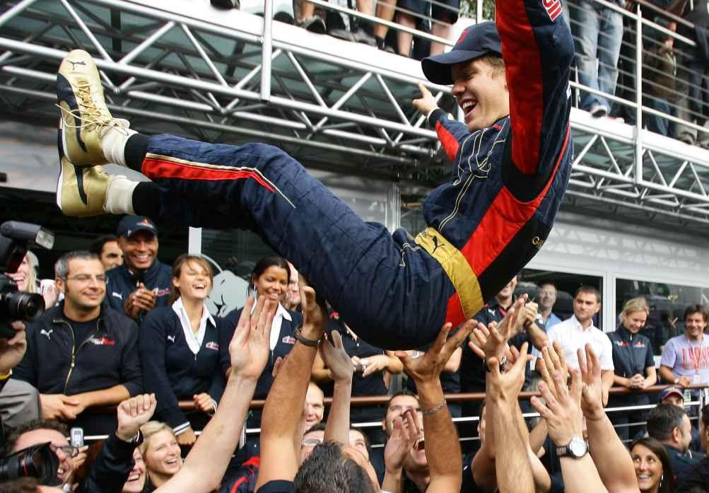 Sebastian Vettel siegt beim GP Italien 2008 und wird damit der jüngste F1 Rennsieger