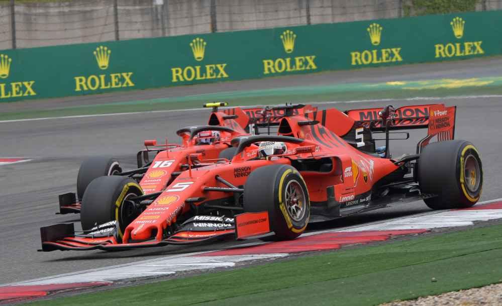 Leclerc muss wegen Ferrari Team-Order Vettel vorbei lassen