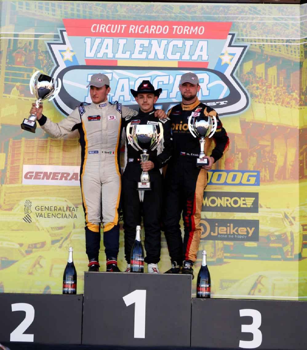 Podium Elite 2 (Rennen1) Giorgio Maggi (P1), Vittorio Ghirelli (P2) und Martin Doubek (P3)