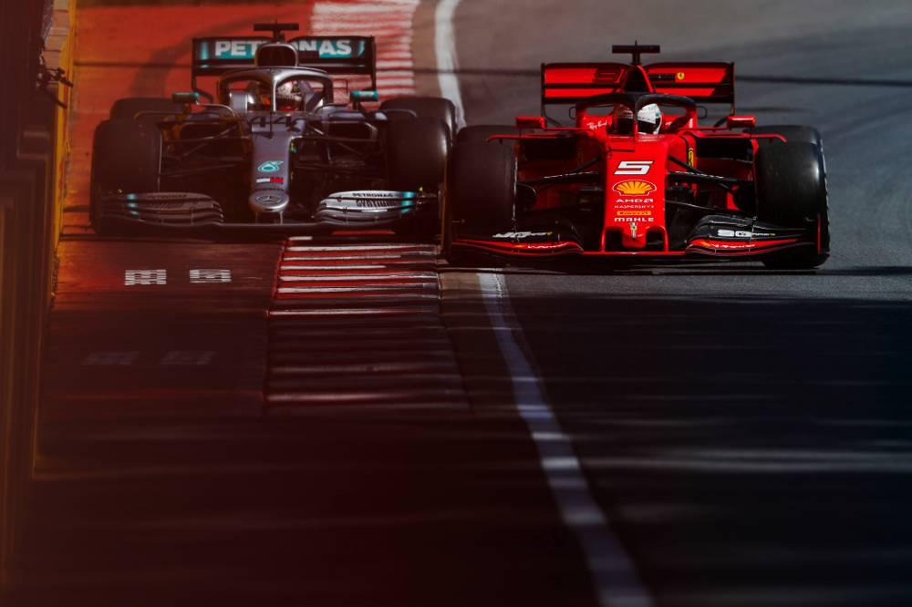 Hamilton musste bremsen um eine Kollision zu vermeiden