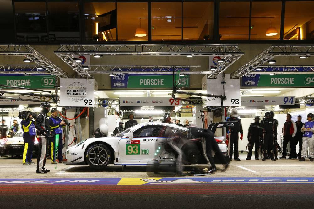 Porsche GT Team (93), Patrick Pilet (F), Nick Tandy (GB), Earl Bamber (NZ)