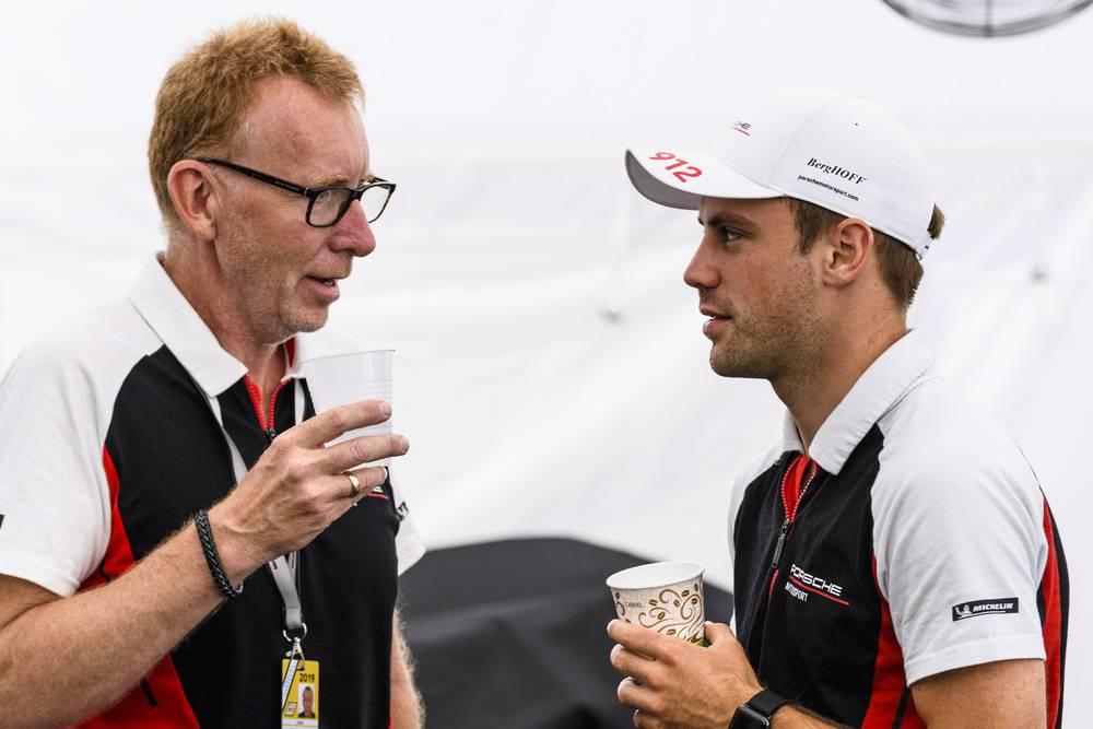 Porsche GT Team: Michael Harvey (Team Manager), Laurens Vanthoor (B)