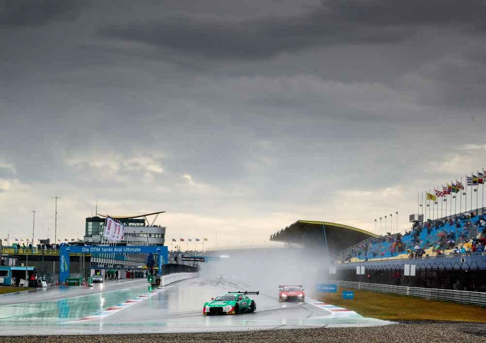 Nico Müller verpasst Sieg im Regenrennen nur knapp