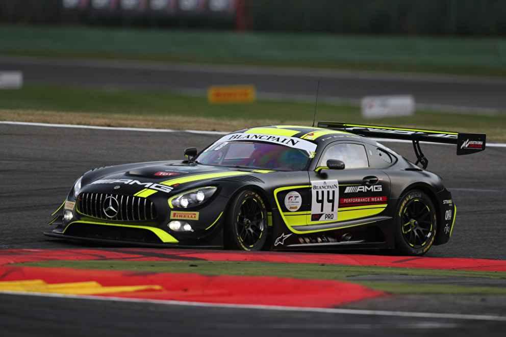 Plätze 1, 9 und 15 für Mercedes-AMG GT3 bei der Super-Pole-Session