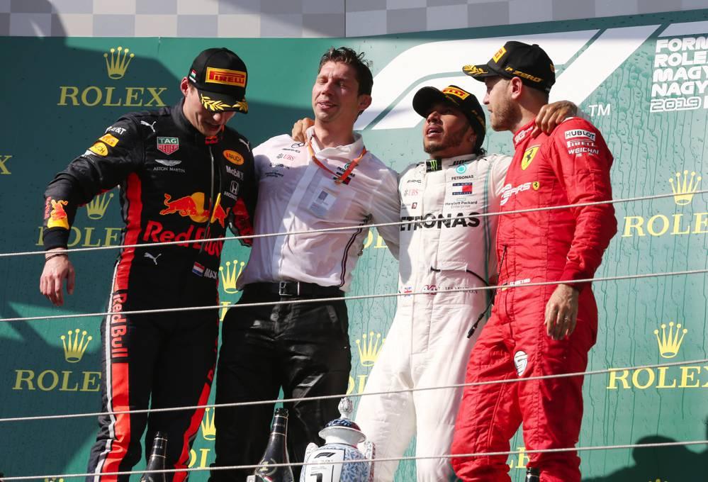 Hamilton gewinnt zum 8. Mal in dieser F1 Saison
