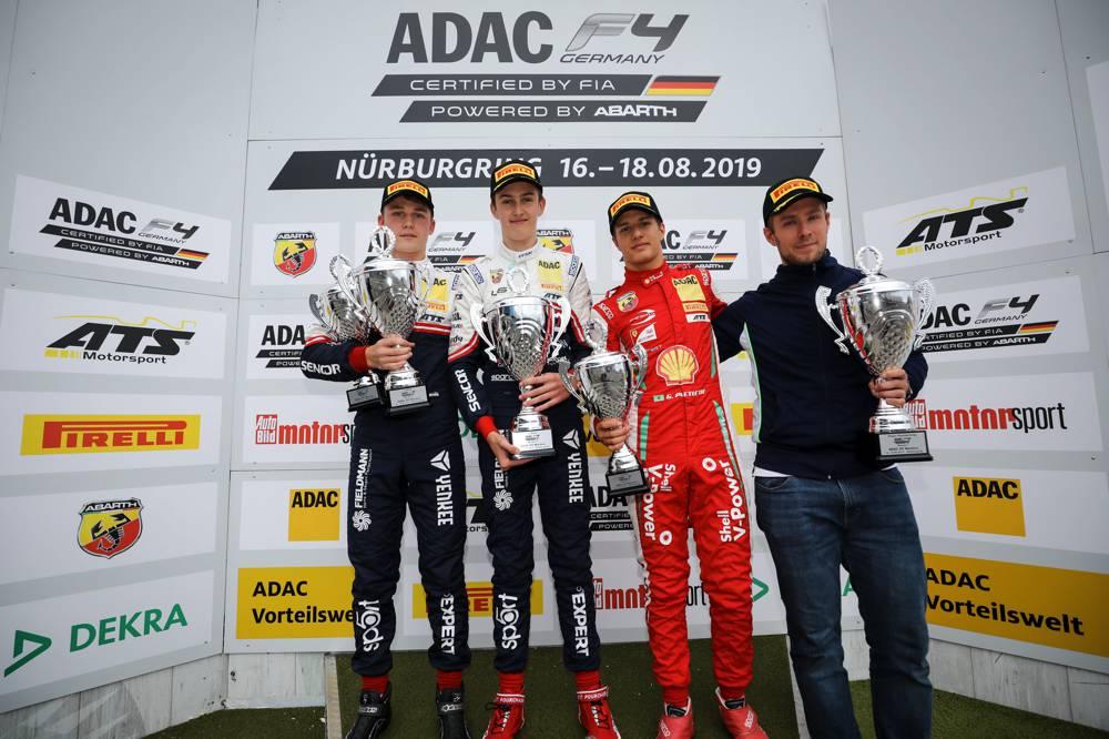 Doppelsieg für US Racing: Neben Théo Pourchaire steht auch Roman Stanek (l.) auf dem Podium