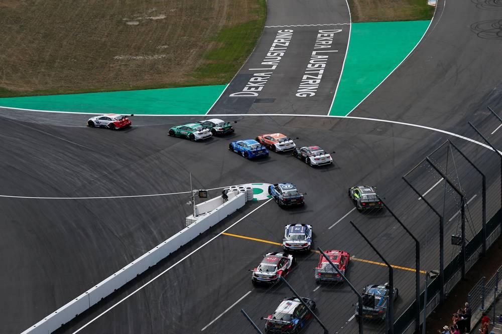 Bester BMW: Wittmann bleibt mit Platz vier im Titelrennen