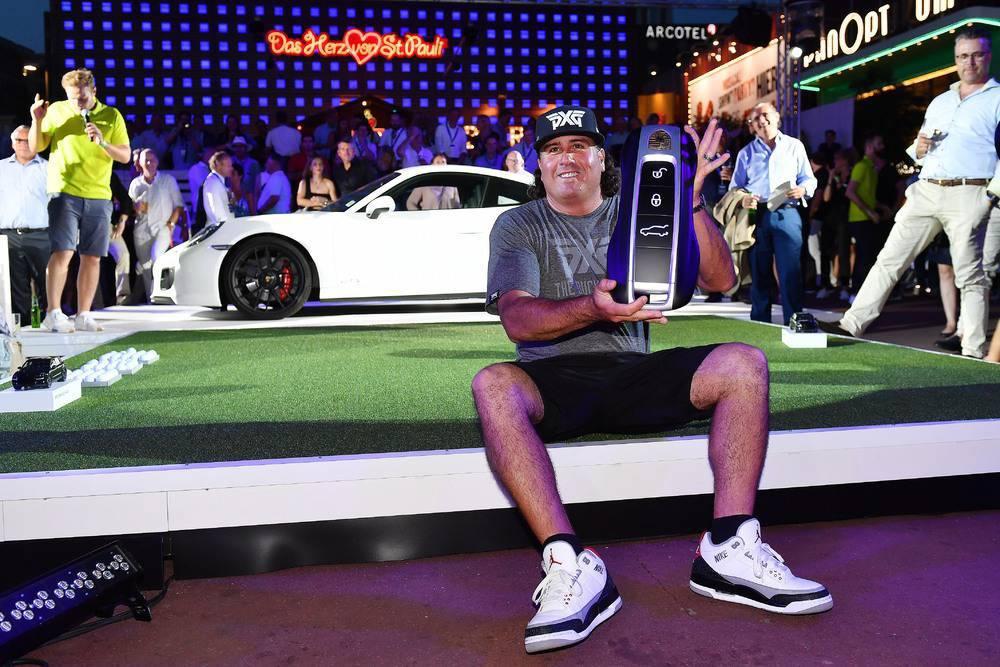 Porsche European Open 2019: Sieger Pat Perez (USA) bei der Porsche Urban Golf Challenge 2018