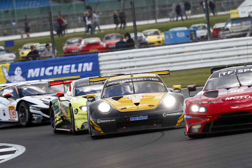 Porsche 911 RSR, Team Project 1 (56), Egidio Perfetti (N), Matteo Cairoli (I), David Kolkmann (D)