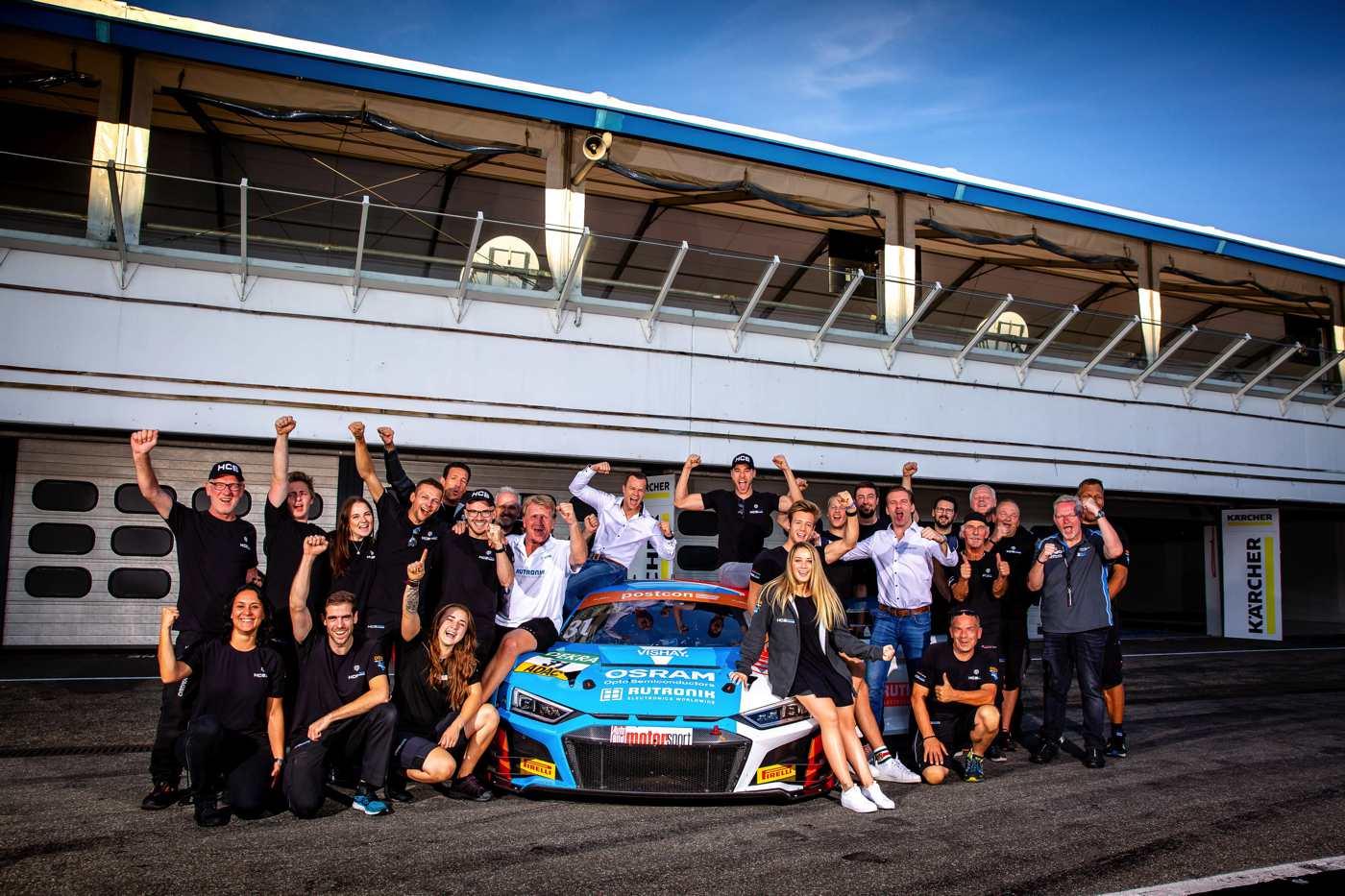 Teamerfolg: HCB-Rutronik Racing gewinnt auf Anhieb den Fahrertitel
