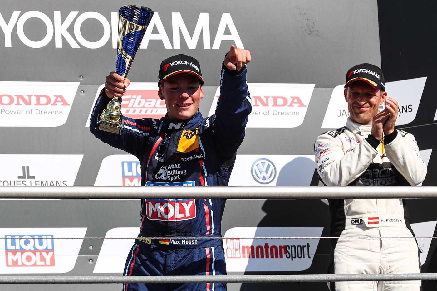 Doppelpodium am Samstag und Sieg am Sonntag für das Hyundai Team Engstler