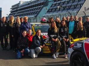 DSK Women's Club trifft Girls Only Team bei VLN-Rennen am Nürburgring