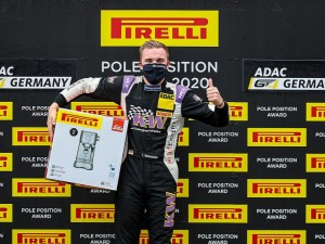ADAC GT4 Germany: Tim Heinemann holt Pirelli Pole Position Award